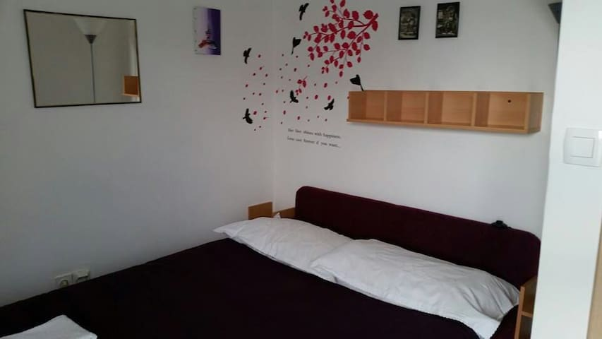 1 min walk main bus stat.- Welcome - Zadar - House
