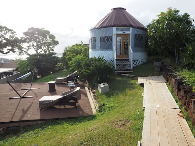 Glamping Yurt Lodging in Aiea/Pearl Harbor, Oahu!