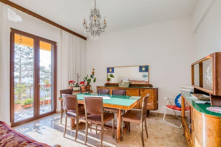 Idyllisches Ferienhaus in Erli mit Balkon