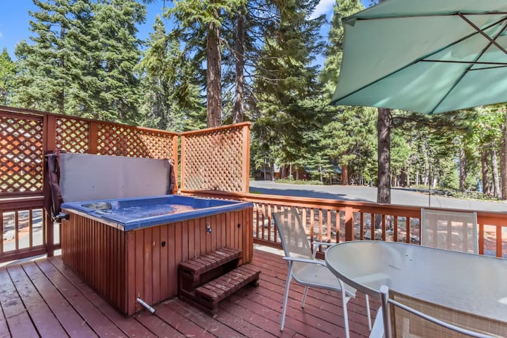 Dog Friendly Carnelian Bay Rental w/ Hot Tub