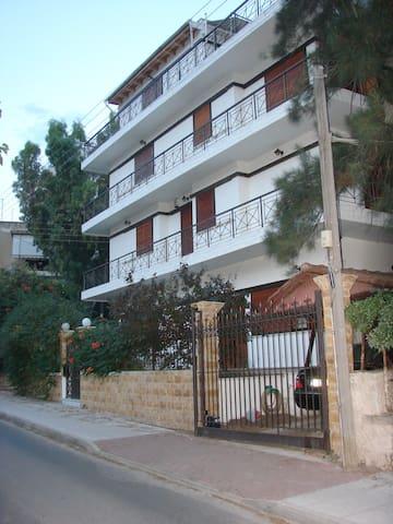 Μεζονέτα 3 ορόφων ηλιόλουστη με θέα - Cholargos - Řadový dům