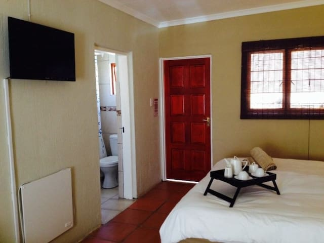 Short term affordable accommodation in Randburg