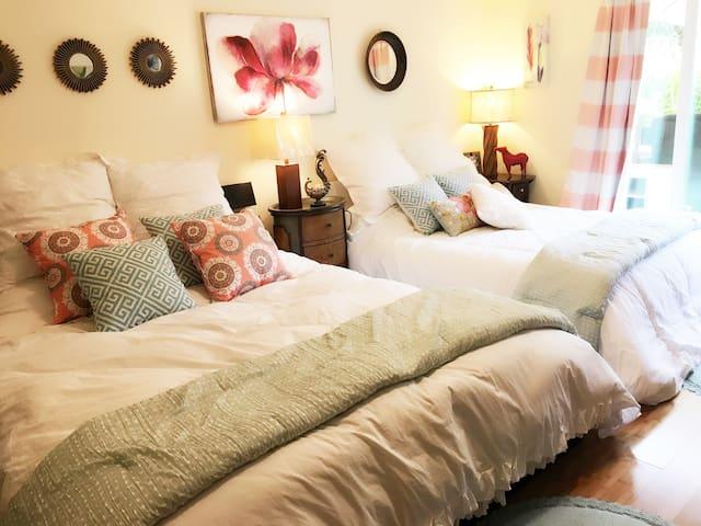 特大舒适温馨卧室,带阳光花园~ - Daly City - Haus