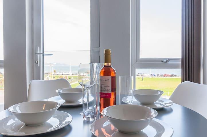 The Hollicombe - Five Way Apartments- Paignton