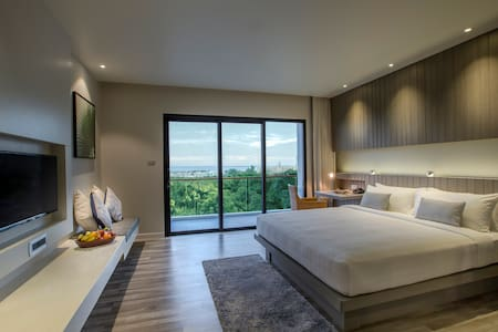 #2 IKONIC Sunset Room near Karon Beach