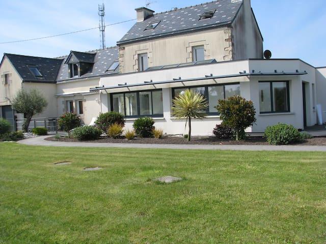 Maison de campagne - Bourg-Blanc - Dom