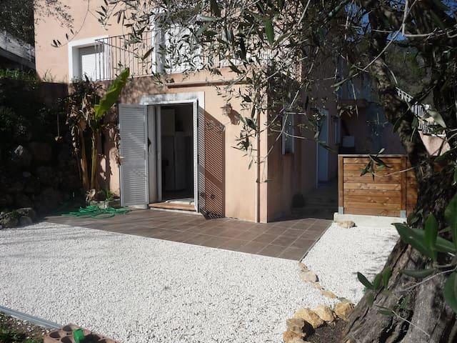 2 pièces bas de villa à GATTIERES proche de NICE - Gattières - Appartement