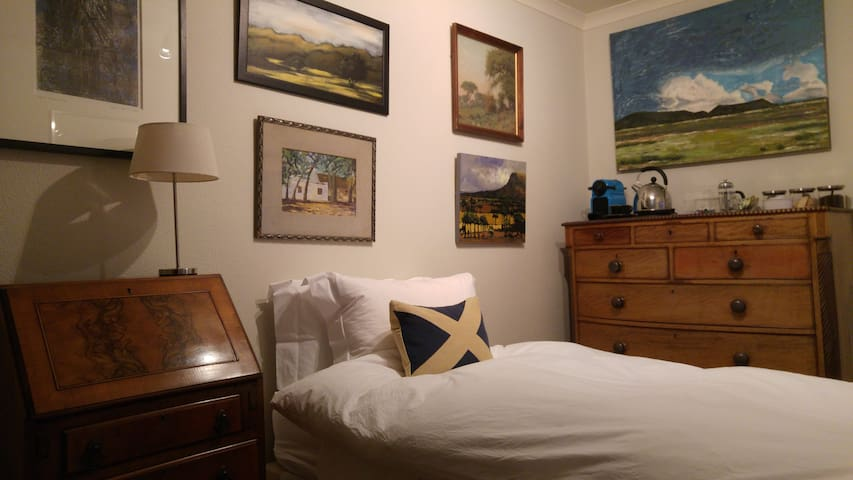 Stonehaven Arts & Crafts Double Bedroom - Stonehaven - Bed & Breakfast