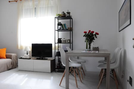two-room apartment - Milán - Byt
