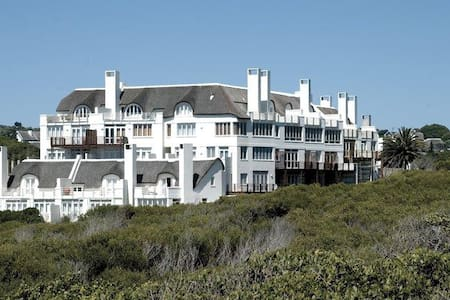 Secure apartment on the beach! - Saint Francis Bay - Apartment