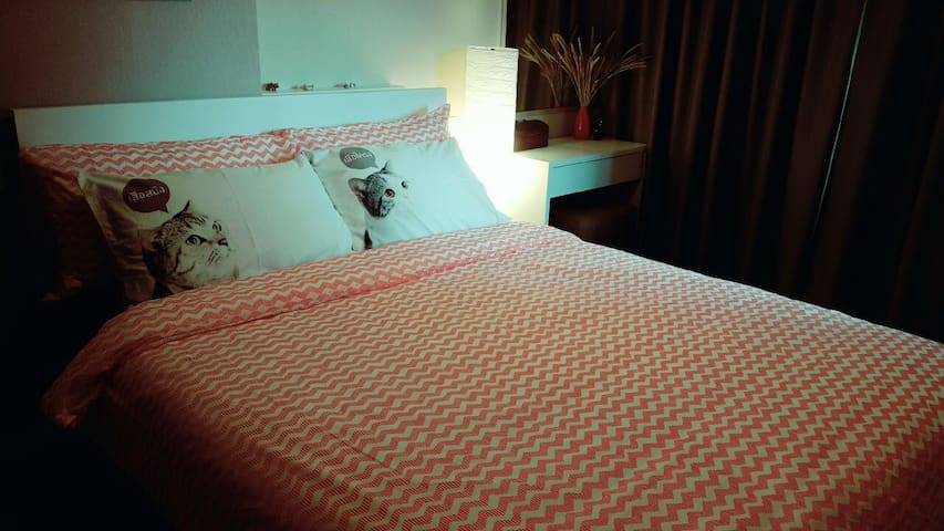 Chic and  cosy East of Chiangmai - เมือง - Apartment