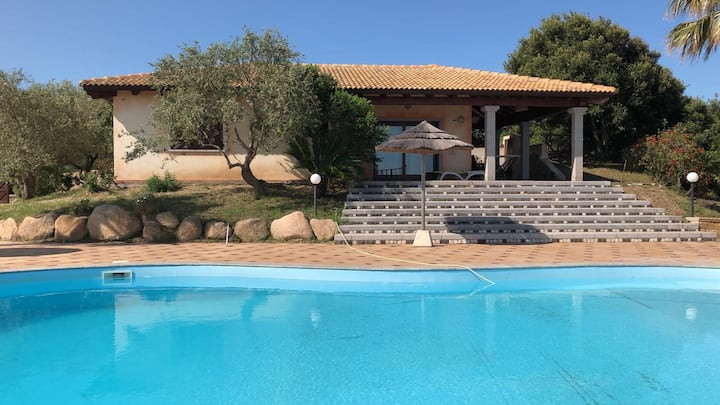 Villa Roberta with big private pool and tennis.