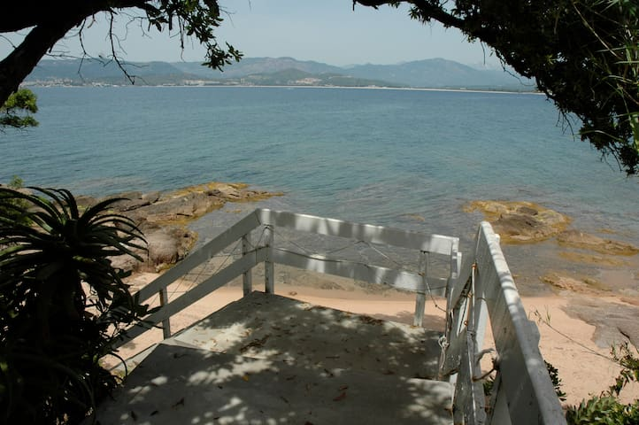 Corsica: villa for 12 on the ocean - Grosseto-Prugna - Villa