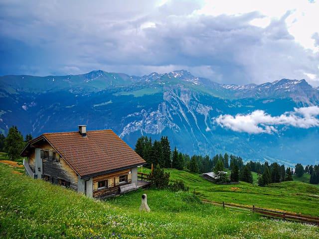 Berghaus mit Aussicht & einzigartiger Atmosphäre
