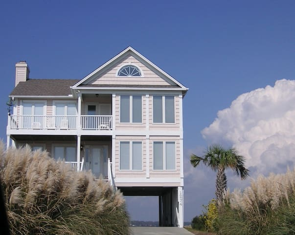 Beach House with Fabulous Views - Holden Beach