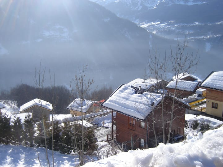 SKI CHALET in the Heart of the Alps for 6-12+