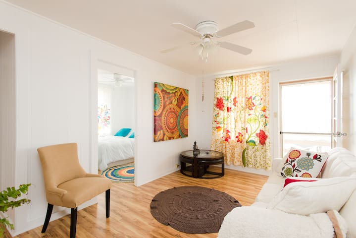 Aloha Apartment bedroom vibes