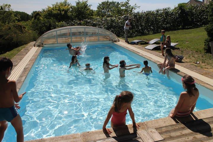 Grande maison avec piscine couverte - Santeuil - Haus