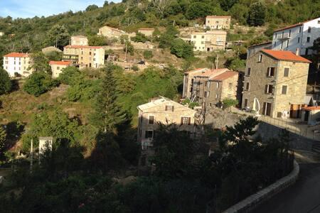 Maison près du golf de porto - Marignana - Huis
