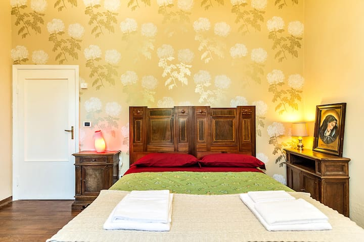 Tuscany Arezzo, Dependance-Dhalias - Subbiano - Bed & Breakfast