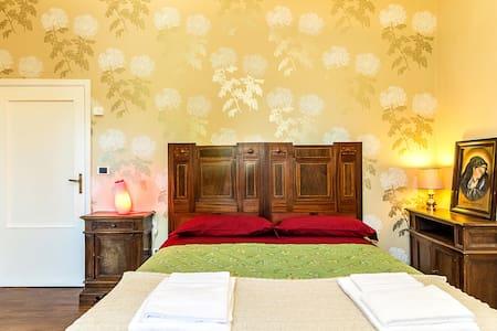 Tuscany Arezzo, Dependance-Dhalias - Subbiano