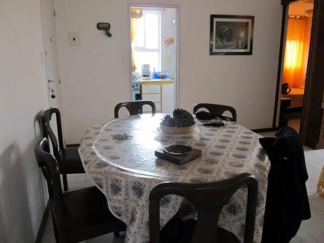 Depto. Villa Gesell 3 1/2 Ambientes Con Cochera