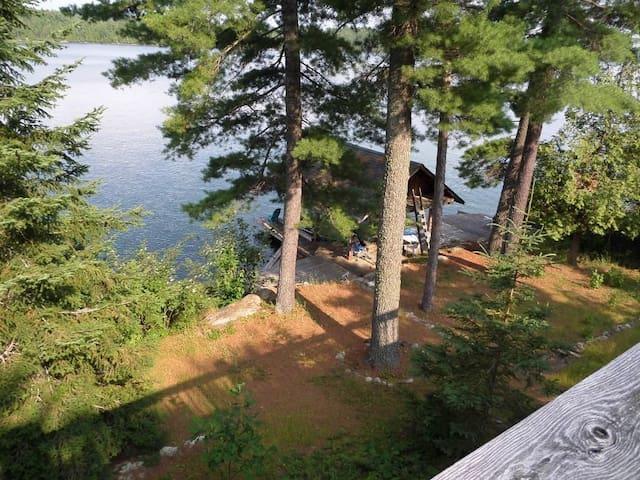 Terrain au Lac