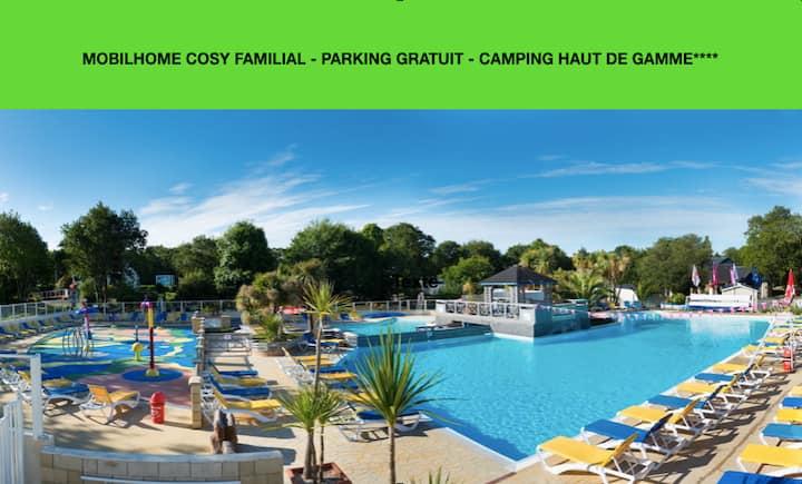 Mobilhome Camping Domaine de Kerlann**** Pont-Aven