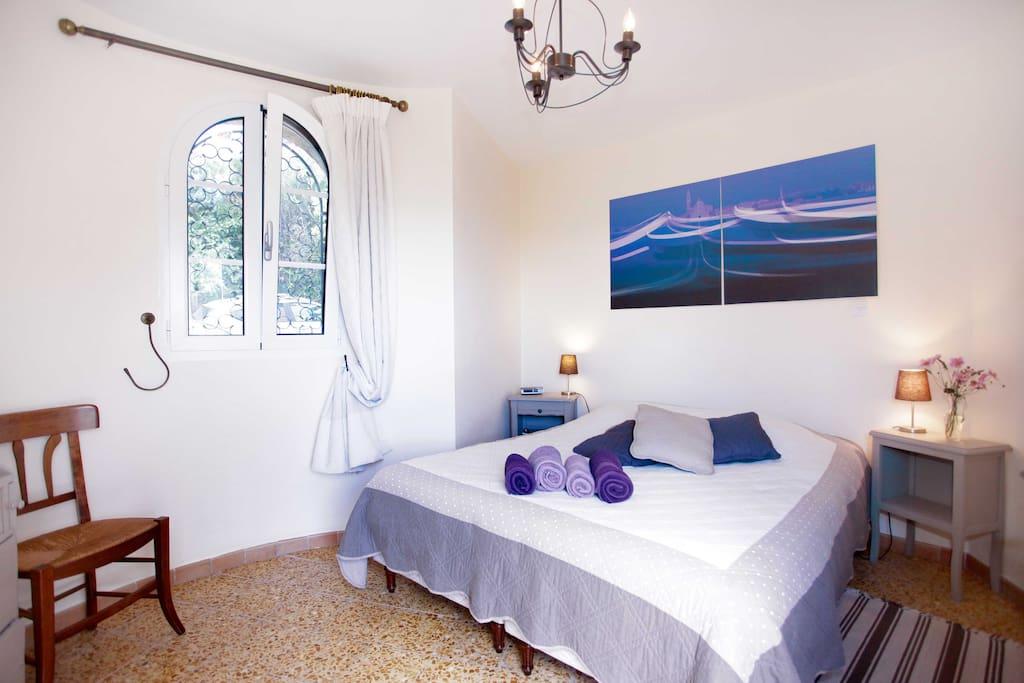 Chambre s par e vue panoramique mer cuisine maisons for Chambre separee