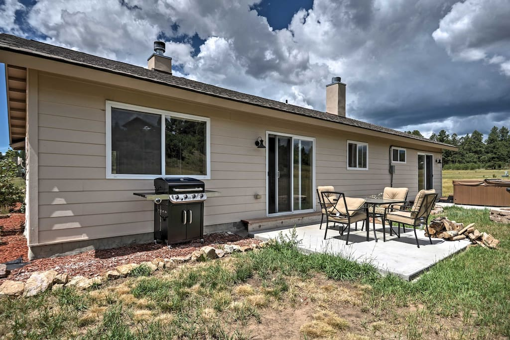 Soak in the private hot tub during your stay at this Pagosa Springs home!