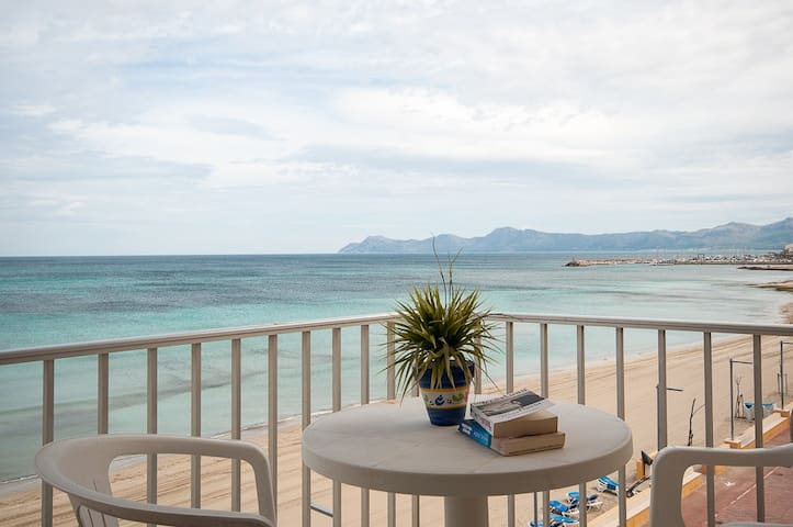Beachfront Apartment with views B - Can Picafort - Appartement