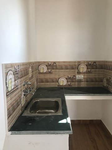 Fully furnished 1BHK - Karnal - Villa