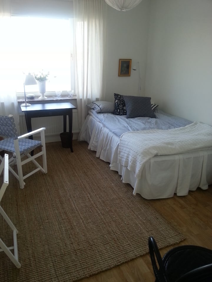 One bedroom, 15 min from StockholmC
