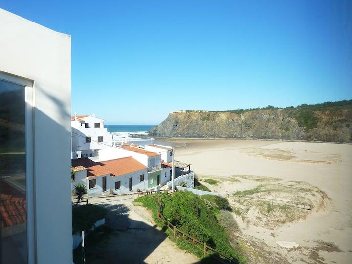 PONTA BRANCA Beach House - big T2 house