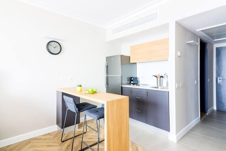Haifa Beachfront Studio apartment By 'Master'