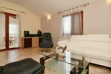 Villa Grande House Marina - Rogovici ( Tar )