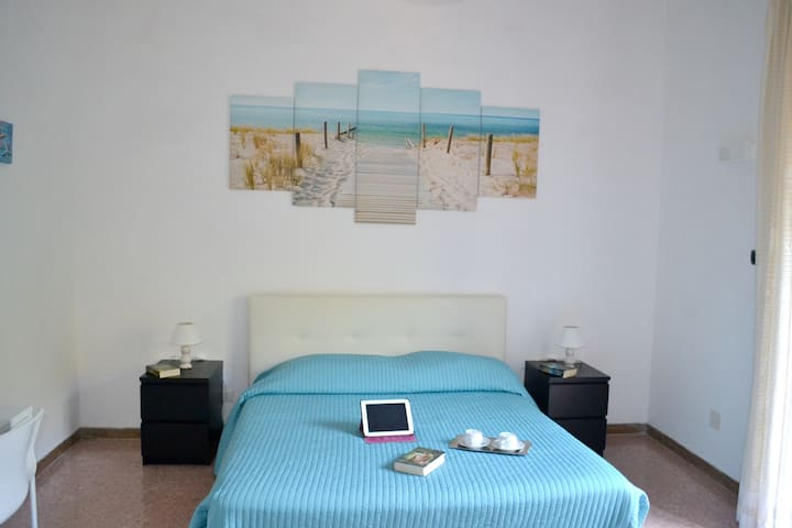 Apartment with one bedroom in Sorrento, with furnished garden and WiFi