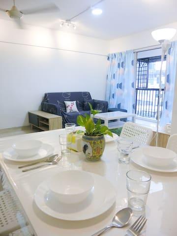 Convenient 3BR home near Taman maluri MRT & LRT