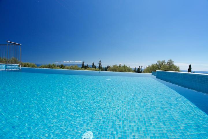 Vista Blu Villa2