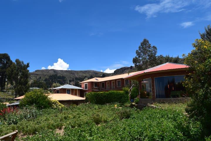 Titicaca Lodge - Isla Amantani