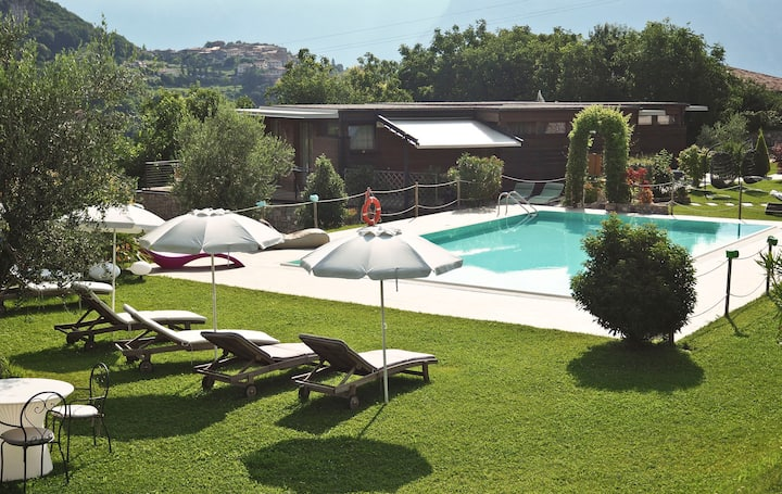 With panoramic views in the hills – Apartment GeoResort A2