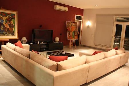 Nice 750m2 house in Cipete Utara - Yakarta Meridional - Bed & Breakfast