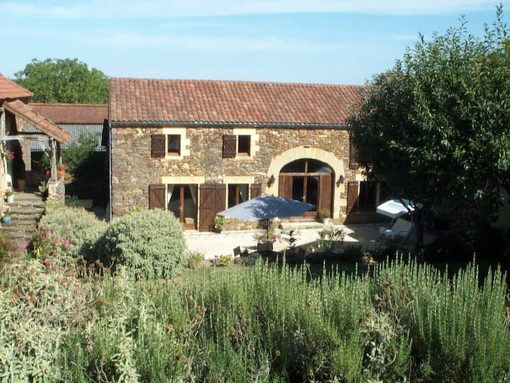 A beautifully renovated barn 'Le Bouyssou Haut'