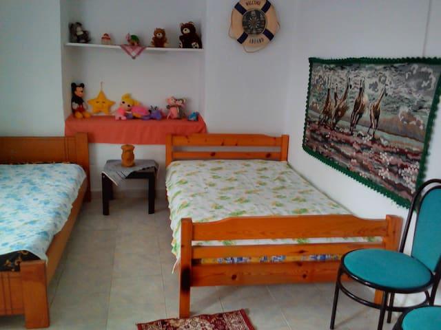 Μικρό σπίτι σε ελαιώνα - Platamon - Dom