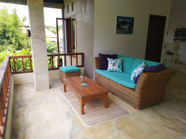 Lounge area with jungle view