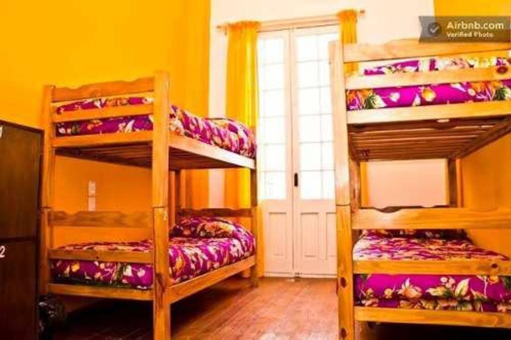 dormitorios con balcon