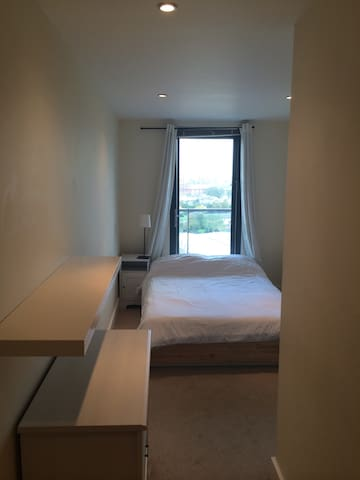 Double Room 5mins from Canary Wharf
