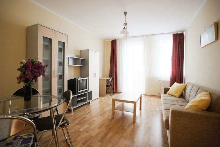 ★SALE Best Located 2 BR Guard@Király St, Ruin bar