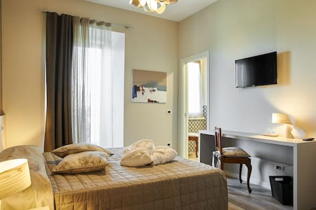 Belvedere-B&B ComoLake, MilanoExpo - Bed & Breakfast