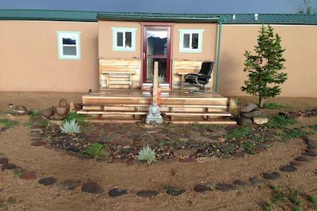 Red Cloud Ranch - Moffat - Talo